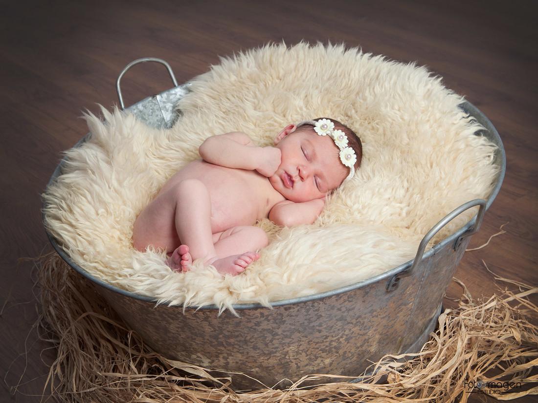 FOTOYMAGEN-Rocio-Rabaneda-Estudio-Bebe-Embarazo-New-Born