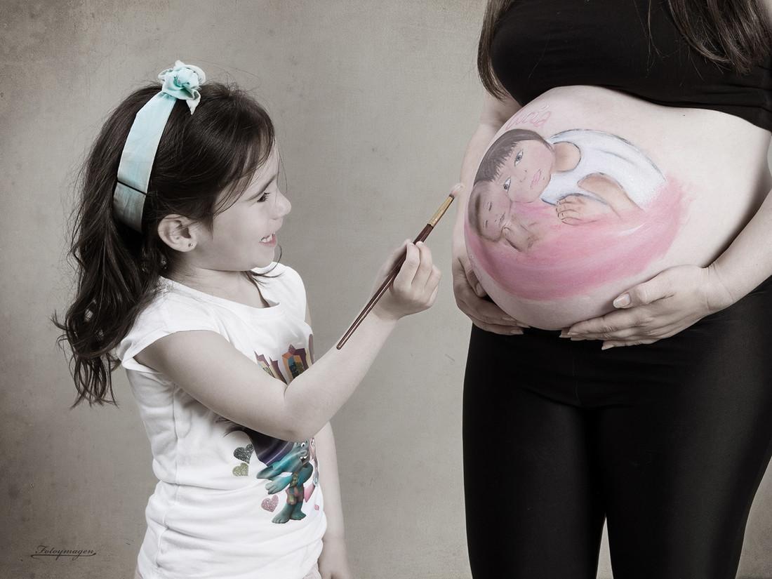 FOTOYMAGEN-GuarderiaPompitas-Embarazdas-DulceEspera-BodyPaint-(2)