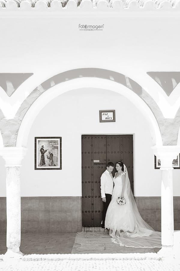 FOTOYMAGEN-Boda-Sonia-y-Antonio-Jesus-Santa-Maria-Soledad-Cernicalero-Boda-Marchena-(1)