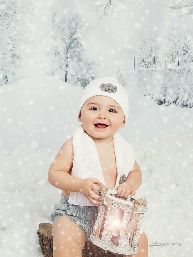 FOTOYMAGEN-Rocio-Rabaneda-Navidad-Fotos-de-Estudio-Fotos-Navideñas-Originales-Divertidas-Nieve-Regalos-Vintage