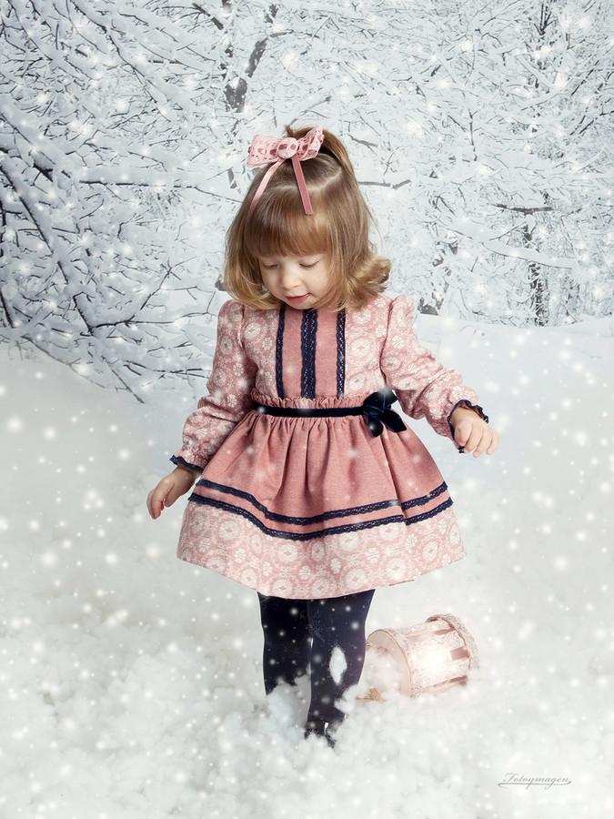 FOTOYMAGEN-Irene-Hurtado-Navidad-Fotos-de-Estudio-Fotos-Navideñas-Originales-Divertidas-Nieve-Regalos-Vintage-Copo-de-Nieve-(1)