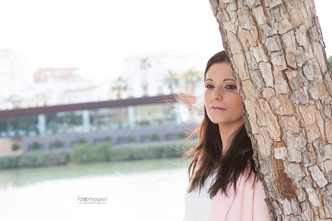 FOTOYMAGEN-PreBoda-Daniel-y-Noemi-Sevilla-Orillas-Guadalquivir-Triana-Amor-Sincero-(2)