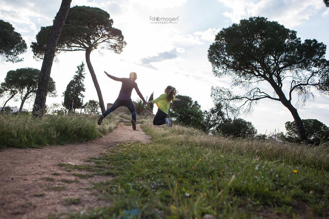 FOTOYMAGEN-PreBoda-Chuste-e-Isabel-Boda-Marchena-Parque-Oromana-Fotos-Naturales-y-Frescas-(5)