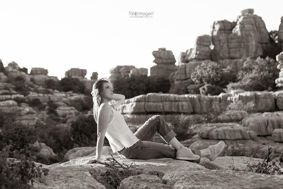 FOTOYMAGEN-Preboda-Raquel-y-Antonio-Torcal-de-Antequera-El-Trocal-Bodas-Marchena-Momentos-Magicos-Fotos-Naturales-Fotografo-de-Bodas-(2)